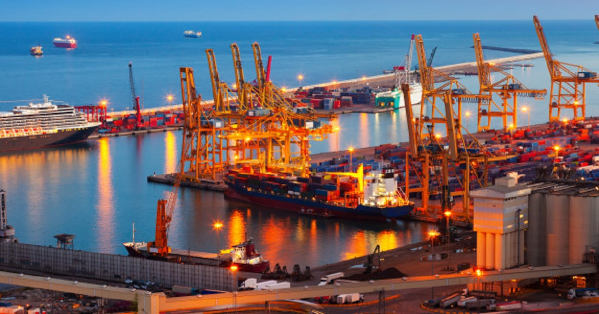 Expand to New Markets with Small Business International Shipping